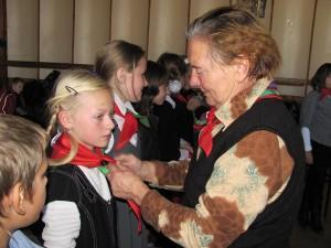 Почётное звание пионера получили 48 пятиклассников СШ №1 г.п. Лиозно.