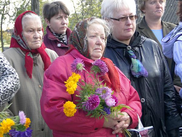 10 октября на офицерском воинском захоронении аг. Стасево состоялся митинг-реквием