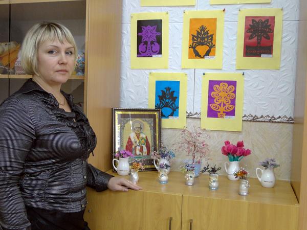 У Крынковской СШ Лиозненского района есть свои герб, флаг и даже гимн.
