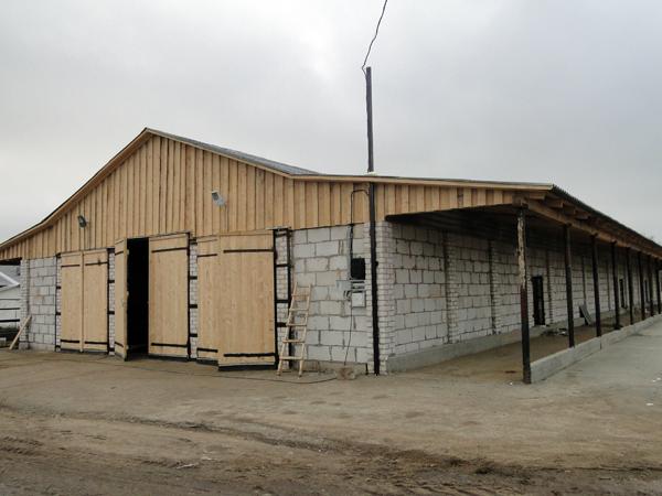 В Лиозненском районе построено нескольких помещений для КРС