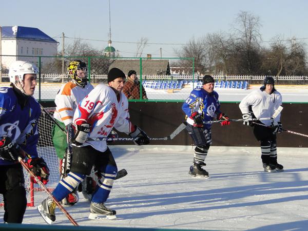 В Лиозно состоялся товарищеский матч по хоккею между  командами нашего района и Голынок Руднянского