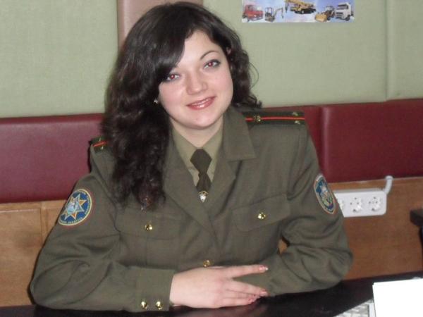 Среди пожарных есть и девушки. Недавно в Лиозненский РОЧС пришел новый сотрудник — Софья Масько