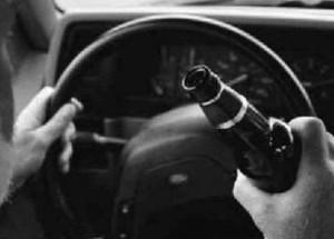 Опора линии электропередач стала препятствием на пути у пьяного водителя