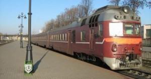 В дизель-поезде  Витебск-Смоленск пьяный пассажир покушался на жизнь железнодорожника