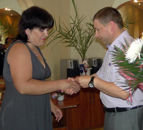 Орден Матери получила Надежда Кулакова из рук главы Лиозненского района