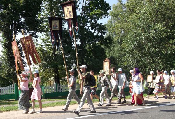 Паломники прошли через Лиозно