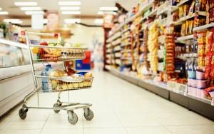 По итогам санитарной проверки в торговых точках Лиозненского района забраковано 520 килограммов продуктов питания