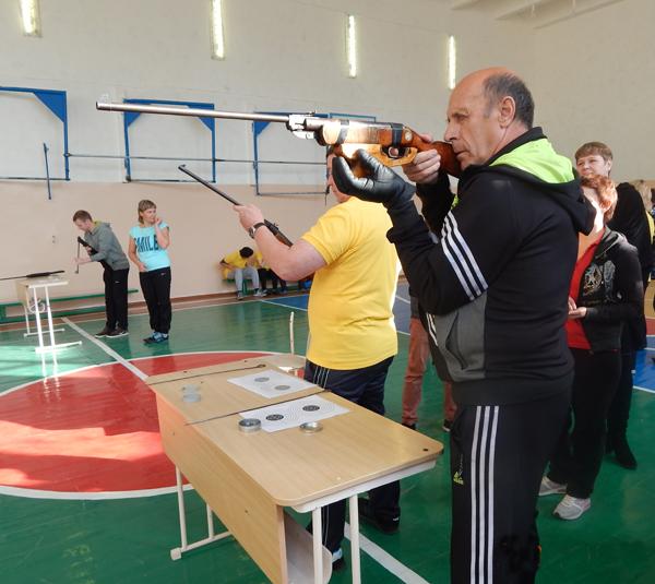 Награждены победители первого этапа круглогодичной спартакиады среди педагогов