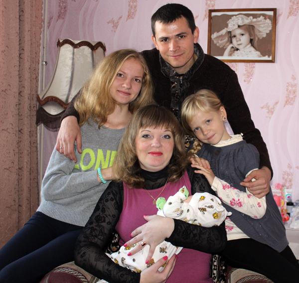 Алина Пивоварчик стала 50-ым ребенком, родившимся в Лиозно в 2015 году