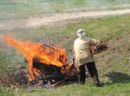Сжигать мусор можно, но соблюдая требования!