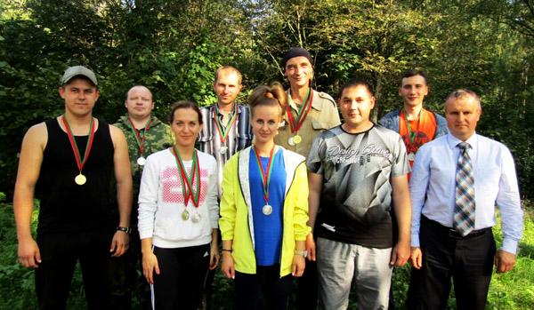 Спасатели Лиозненского РОЧС  соревновались в сборе грибов