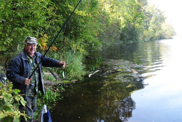Состязания по рыбной ловле прошли возле аг. Добромысли Лиозненского района