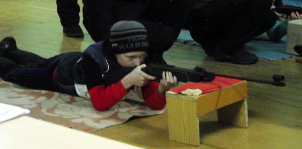В аг. Добромысли Лиозненского района прошли соревнования по биатлону «Снежный снайпер» среди школьников