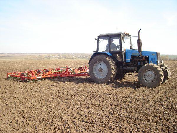Готовность сельскохозяйственных предприятий к весенне-полевым работам проверят технические инспекторы профсоюзов