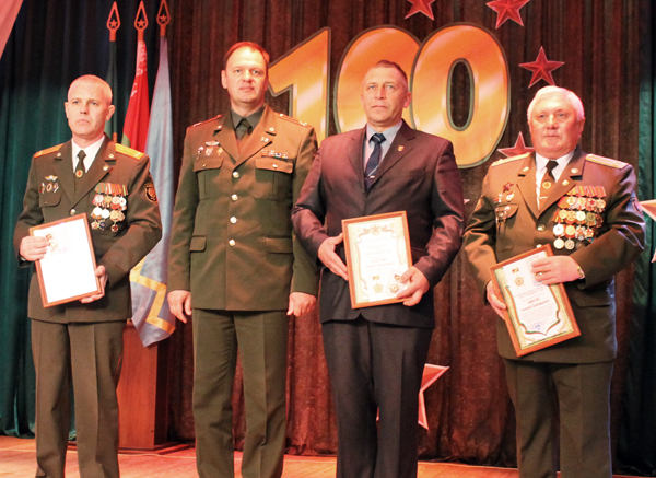 В Лиозно прошло праздничное мероприятие, посвящённое 100-летию военных комиссариатов и Дню призывника
