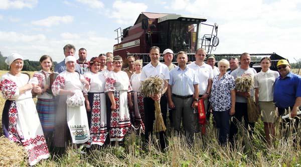 В СФ «Клевцы» и ГП «Выдрея» Лиозненского района прошли Зажинки