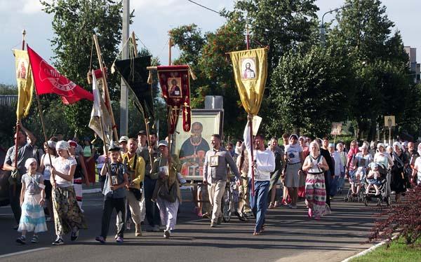 В 16-й раз крестный ход «Общий путь — Одигитрия» прошёл через Лиозно