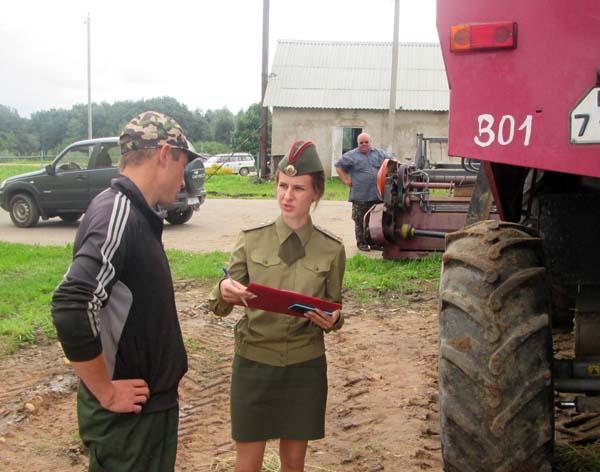 В Лиозненском районе проходят профилактические мероприятия на объектах уборки урожая