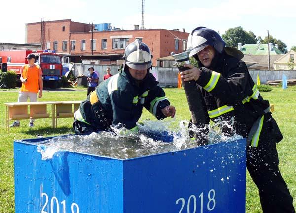 В Лиозно прошли соревнования добровольных пожарных дружин