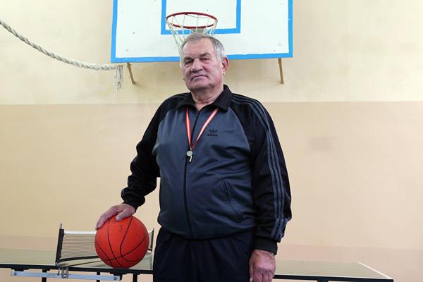 19 октября исполнится 70 лет одному из старейших работающих педагогов Лиозненщины