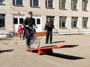 В СШ №1 г.п. Лиозно состоялся районный слёт-конкурс отрядов юных инспекторов движения