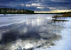 На тонком льду