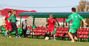 На Лиозненском стадионе состоялся зональный отбор на областной этап «Кожаного мяча»