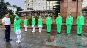 Сотрудники ОГАИ Лиозненского РОВД и команда юных инспекторов дорожного движения СШ №1 приняли участие в акции  «За безопасность вместе» в Витебске